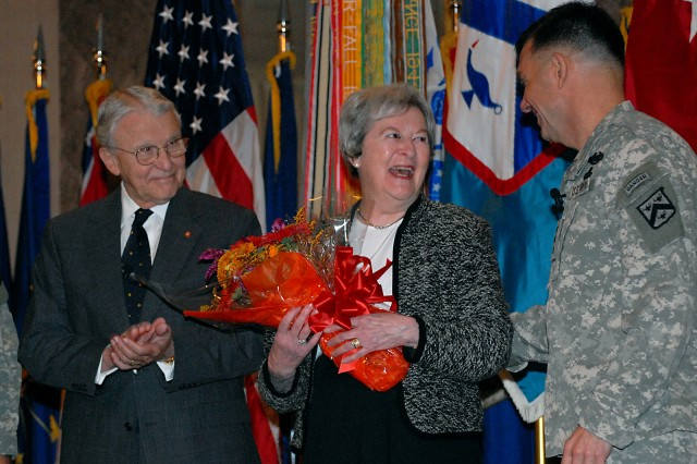 Arter receives top civilian award