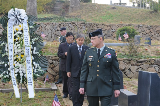 Eighth U.S. Army Deputy Commanding General Maj. Gen. Robert Williamson attended a ceremony Nov. 6, to honor U.S. veterans at the Seoul Foreigners Cemetery.