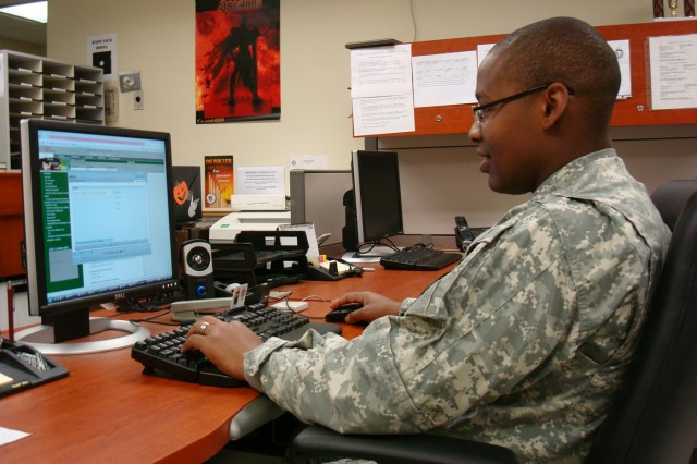 Soldiers gain education and promotion points through Skillsoft