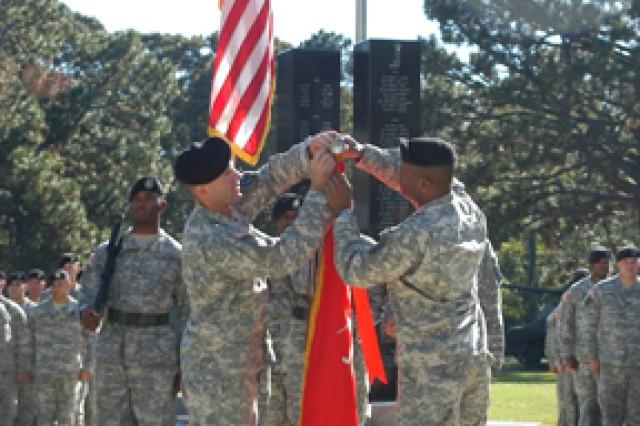 5-25 earns Meritorious Unit Commendation