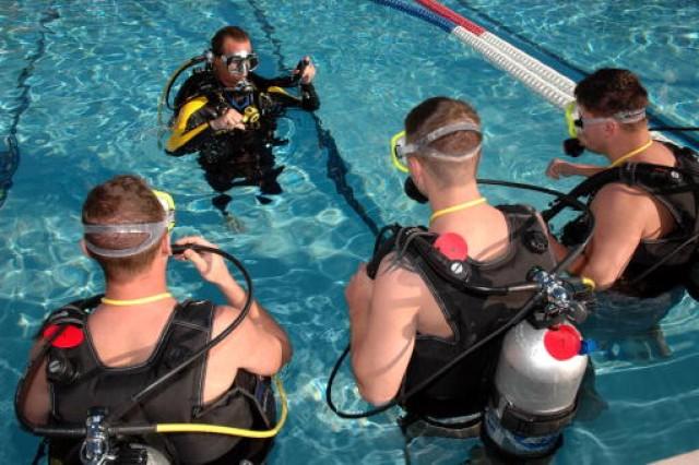 Warrior Care: Scuba Diving - Equal Parts Rehab, Adventure for Bethesda Naval Medical Center