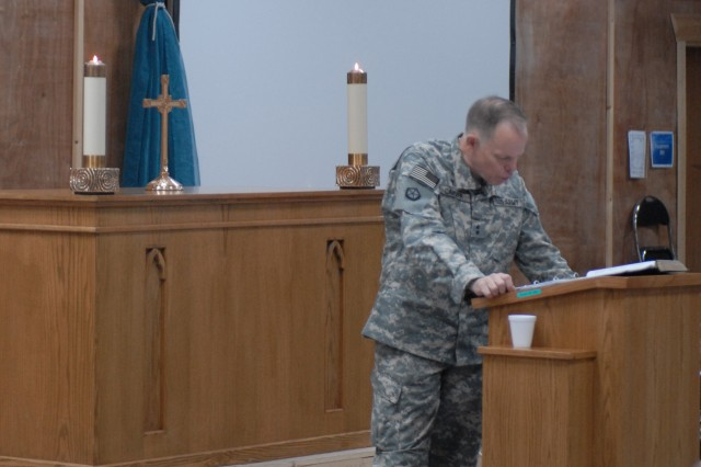 Chief of Chaplains stresses important of strengthening faith, spiritually