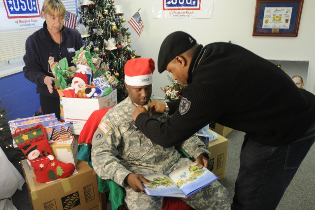 7th Sustainment Brigade Holiday Greetings to Soldiers Downrange