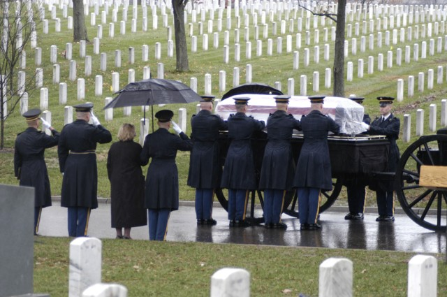 Final honors to Medal of Honor recipient
