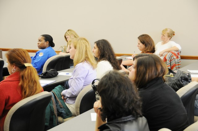 Military spouses learn about new job policy