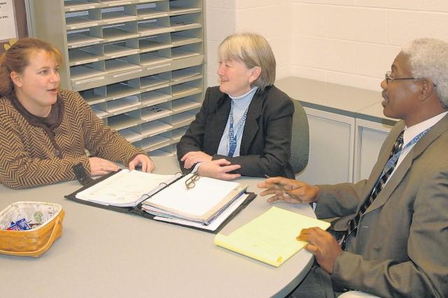 Fort Belvoir Elementary School psychologist wins Fairfax County award