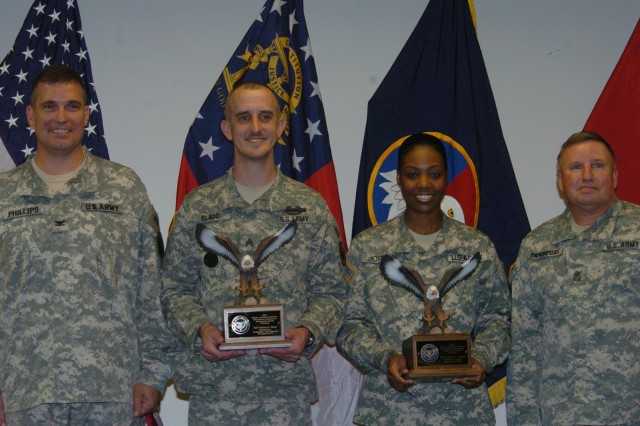 Fort Gillem Reserve units win local award