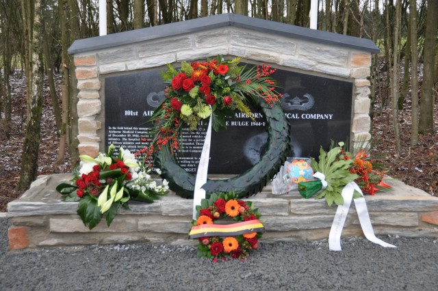 A new monument was unveilled on the 65th anniversary of the Battle of the Bulge for the 326th Airborne Medical Company, 101st Airborne Division. The unit came under attack on Dec. 19, 1944. Those who survived were taken as prisoners of war, until the end of the war.