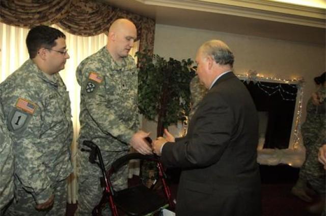 Under secretary visits Warrior Transition Unit