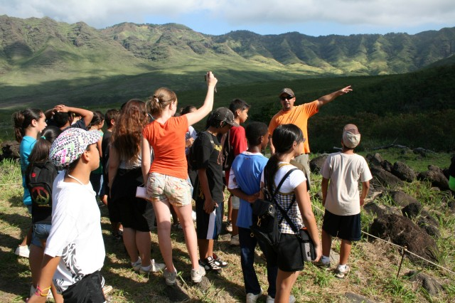 Mililani students discover culture, natural resources at Makua