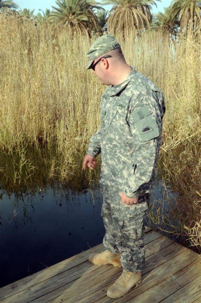 Soldiers learn biblical history at Al Asad Air Base