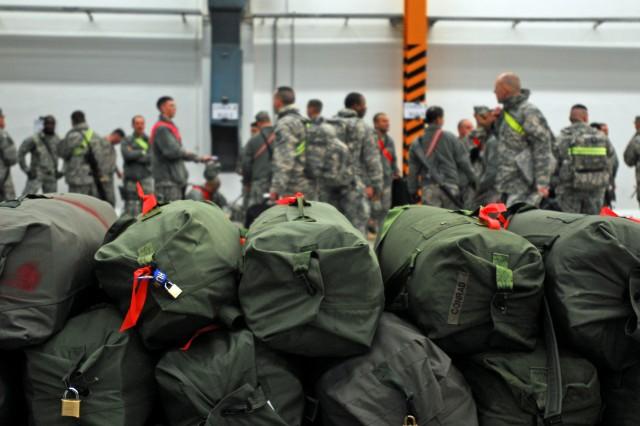 Last of 5-158th troops depart for Afghanistan