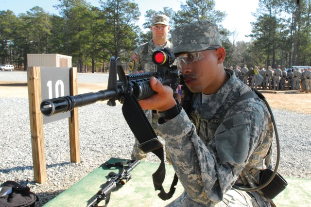 """While many Fort Benning Soldiers enjoyed a training holiday Friday, Infantry recruits with D Company, 2nd Battalion, 58th Infantry Regiment, 198th Infantry Brigade went to Malone 14 for their basic rifle marksmanship pre-qualification. PVT Kyle Hiura scored a perfect 40 out of 40 with the M-4."""""""
