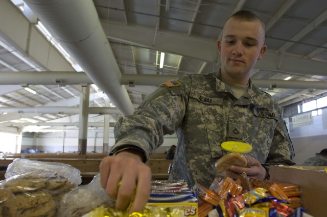 Red Cross provides Fort Bragg Soldiers with home touch