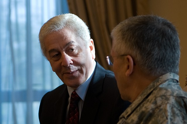 Nabil Ahmed Maaz, Director of an Egyptian Tank Plant, meets Gen. George W. Casey Jr., Chief of Staff of the US Army, before touring the plant facilities in Egypt, Jan. 21, 2010.