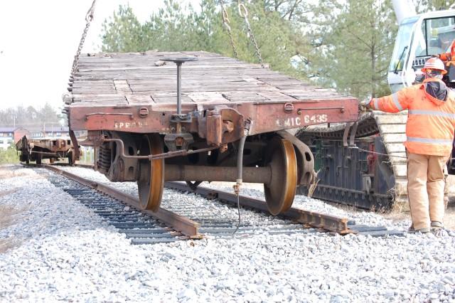 Rail cars arrive at Fort Lee