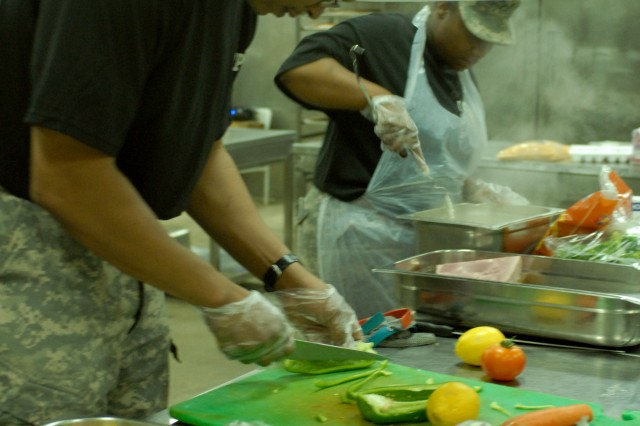 Soldiers, civilians cook off in Baghdad 'Iron Chef' competition