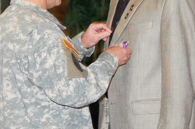 Veteran receives medal 40 years later