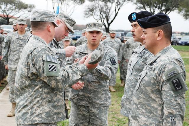 201st MI Battalion Casing Colors