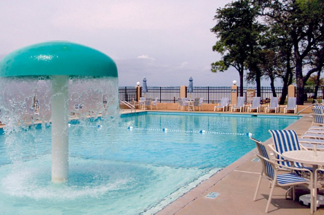 Choppy waters' No problem! The Destin Army Recreation Area has an outdoor pool with a mushroom fountain for the kids.