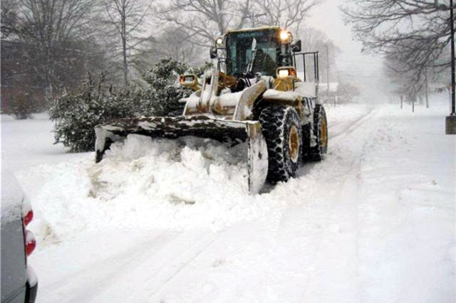 Belvoir's Installation Operations Center estimates about 60 people, using 18 snow plows, five bucket loaders, two road graders and two large dump trucks, worked around the clock to clear roads for travel.