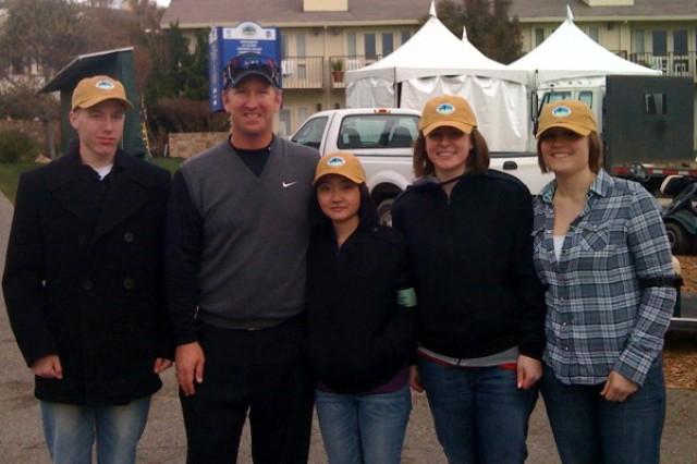 DLIFLC Sailors meet PGA Tour player