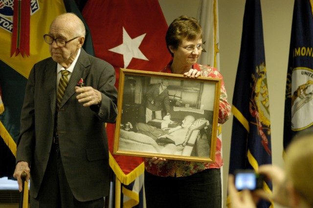 WWII vet receives Bronze Star