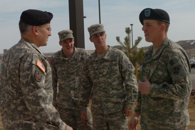 Army Chief visits Mountain Post