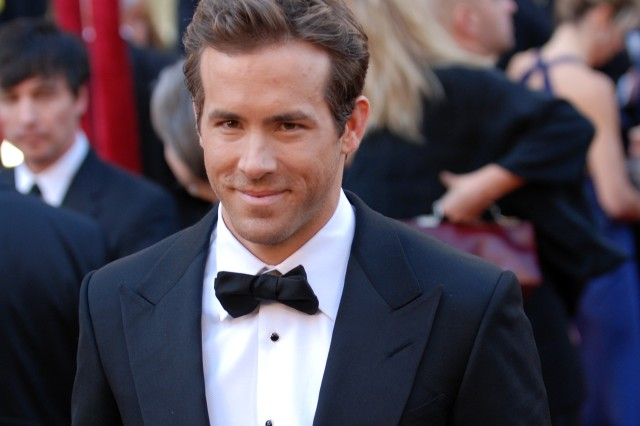 Ryan Reynolds arrives at the 82nd Academy Awards March 7, 2010 in Hollywood.