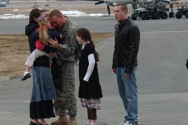 New York Army National Guard Aviators Return