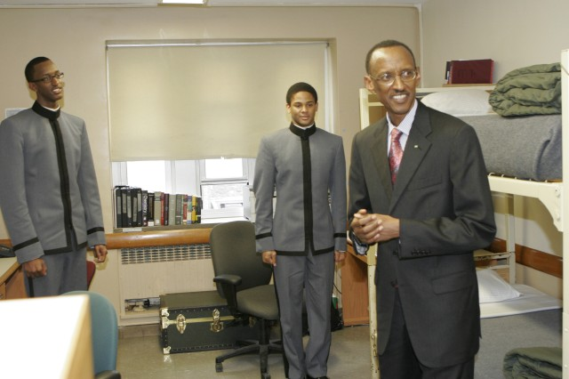 Rwanda president visits West Point