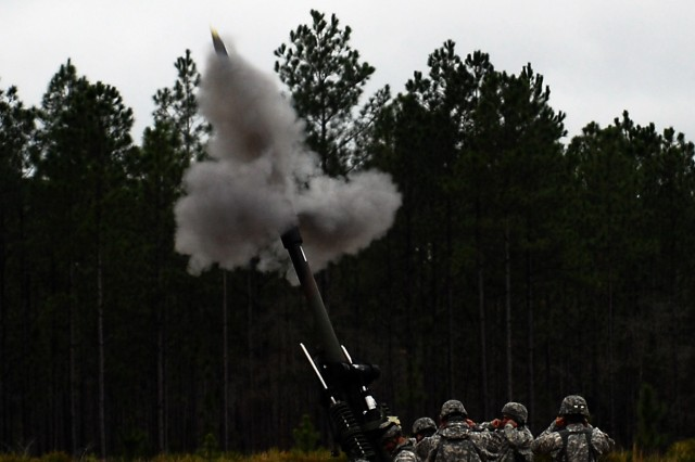 NewYork Artillerymen Send Rounds Downrange at Blanding