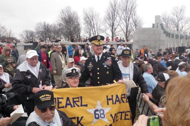WWII Memorial Honor Flight Ceremony