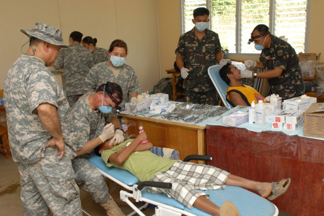 U.S. AND PHILIPPINE MEDICAL OPERATIONS DURING EXERCISE BALIKATAN 2010 IN THE PHILIPPINES