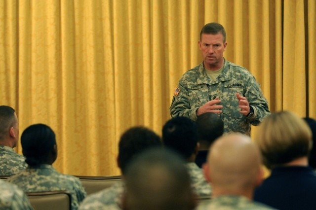 SMA Preston addresses MDW Soldiers