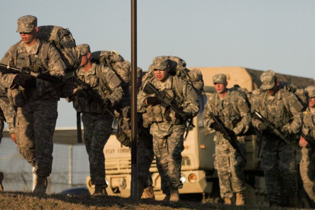 FORT HOOD, Texas-Soldiers with the 1st Cavalry Division participate in a 16-mile road march as part of a pre-Ranger course, March 2