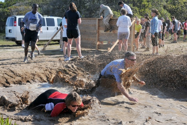 Fifth Mud Run makes huge splash