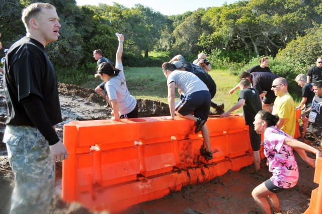 Fifth Mud Run makes huge splash