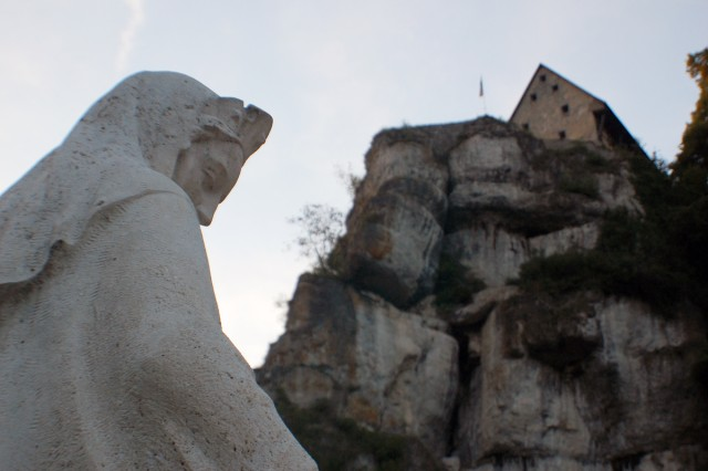 Burg Pottenstein stands guard above the statue of St. Elisabeth, widow of Ludwig IV, Landgrave of Thuringia. Rumor has it she was the progenitor of the Miracle of the Roses legend.