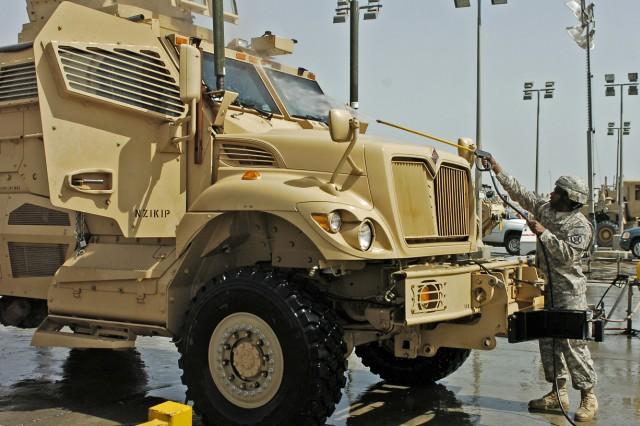 Soldiers work multi-billion-dollar drawdown