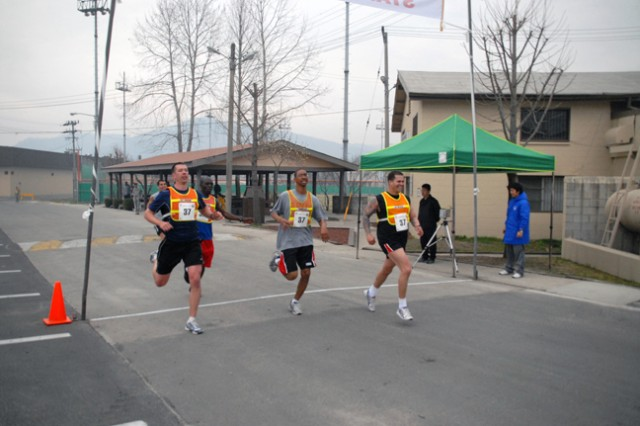 Warriors post near record times during 10km run