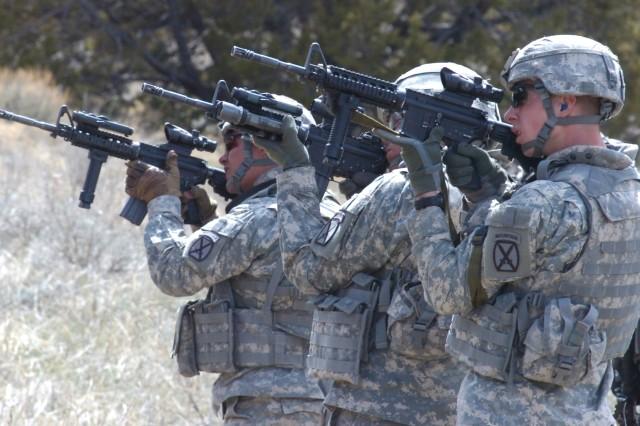 Cavalry Soldiers hone angular marksmanship skills