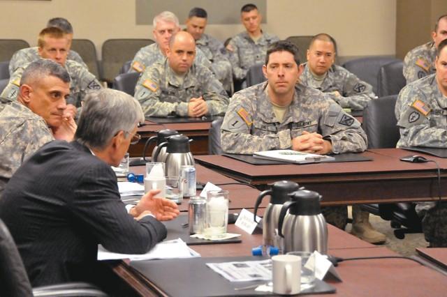 Army Secretary McHugh visits Fort Leavenworth