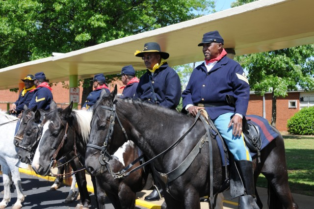 The Alabama Chapter #1 Ninth and Tenth (Horse) Calvery Association Buffalo Soldier Detail