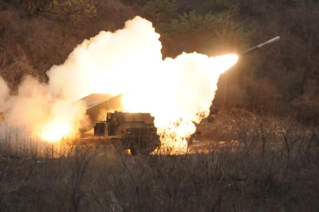 Allied artillerymen train, qualify