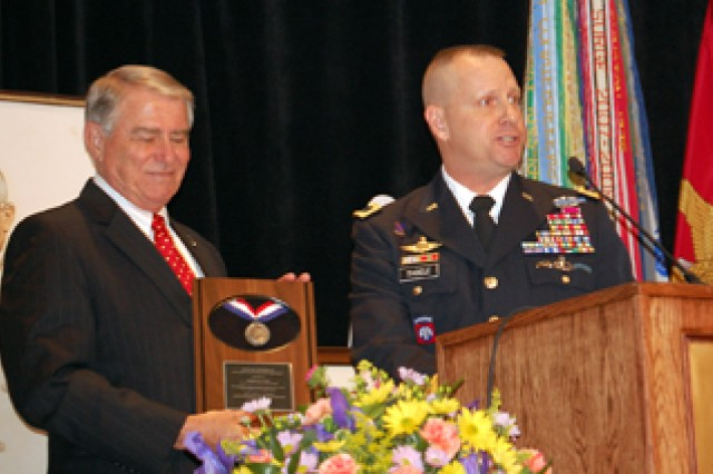 CGSCAca,!E+Foundation CEO honored at Truman luncheon