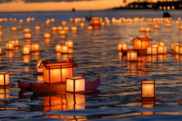 Lantern dedications provide remembrances