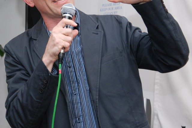 Comedian brings laughs to military community