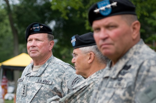 Gen. Charles C. Campbell, left, at the US Army Forces Command change of command ceremony in Ft. McPherson, GA, June 3, 2010.  After 40 years of service dating back to the Vietnam War, Gen. Campbell relinquished his command to Gen. Thurman and retired.