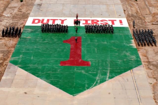 1ID Soldiers re-enlist